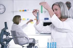 От куда появляются глисты в организме человека? Стоит ли идти к врачу? Лечение