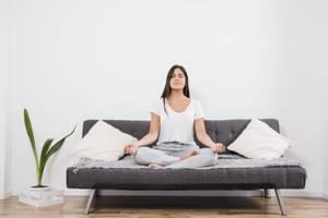 Стресс и бессонница - есть ли связь? Разбор влияния стресса на сон и наоборот