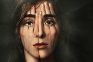 Спутанность сознания (помутнение разума). Симптомы. Причины. Лечение