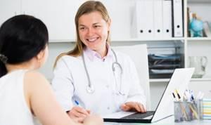 Срочно бежать к врачу или терпеть месяц до назначенного приема - советы врачей на каждый день