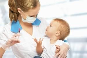 Прививки ребенку до 1 года - советы врачей на каждый день