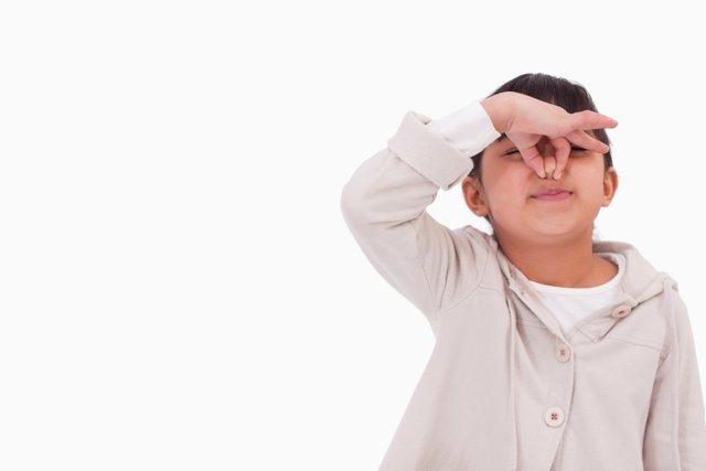 Что делать, если у ребенка 11 лет часто идет из носа кровь? - советы врачей на каждый день