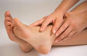 Отекли стопы ног, терапевт прописала мочегонное, но не сказала какую дозу пить ежедневно - советы врачей на каждый день