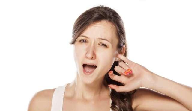 Выделения из ушей - советы врачей на каждый день