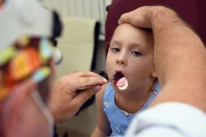 Увеличена одна миндалина - советы врачей на каждый день