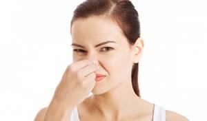 Запах из носа, слизь, чешется горло -уже второй год - советы врачей на каждый день