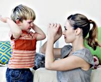 Как действовать учителю, если у ребенка с ОПМ часто случаются агрессивные припадки - советы врачей на каждый день