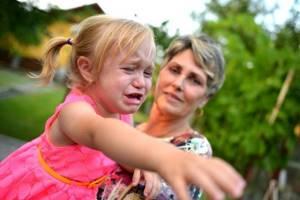 Ребёнок стал истерить - советы врачей на каждый день