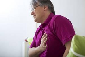 Боль в левой грудной клетке - советы врачей на каждый день