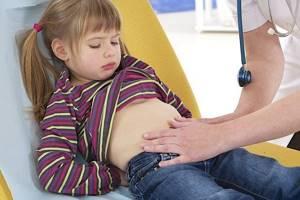 У ребенка кровь после стула - советы врачей на каждый день