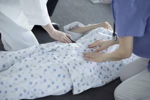 Куда обращаться, с чем может быть связано кровотечение - советы врачей на каждый день