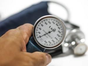 Резкие скачки давления - советы врачей на каждый день